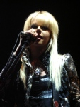 Orianthi Live in Sydney - Colour Singing